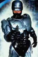 Робокоп вернется, но без Нила Бломкампа