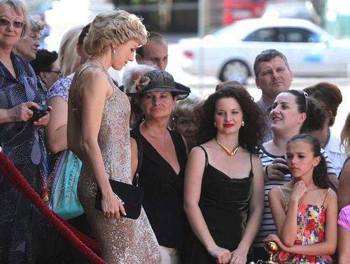Наоми Уоттс в качестве принцессы Дианы: первые фотокадры