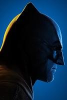 Постеры: очередь за суперсилами и Арни