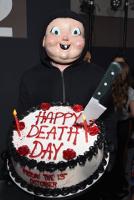 Со вторым счастливым днем смерти!