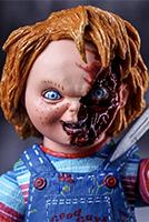 Кукла Чаки подбирает жертв