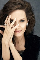 Кто желает смерти Анджелине Джоли?