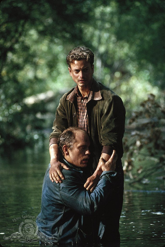 lennie acted out of self defense in of mice and men by john steinbeck