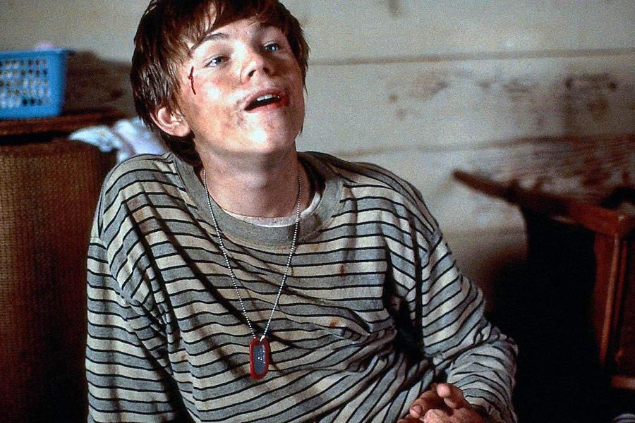 whats eating gilbert grape text Whats eating gilbert grape essay 570 words | 3 pages the film ends, gilbert is in exactly the same place as when it began, yet he has traveled a long way what's eating gilbert grape is a very simple yet meaningful movie.