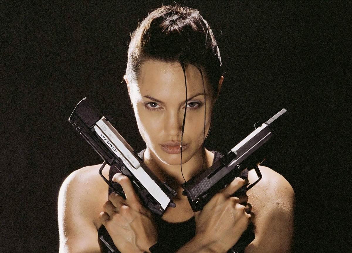 Лара Крофт: лучший фильм, снятый по видео игре