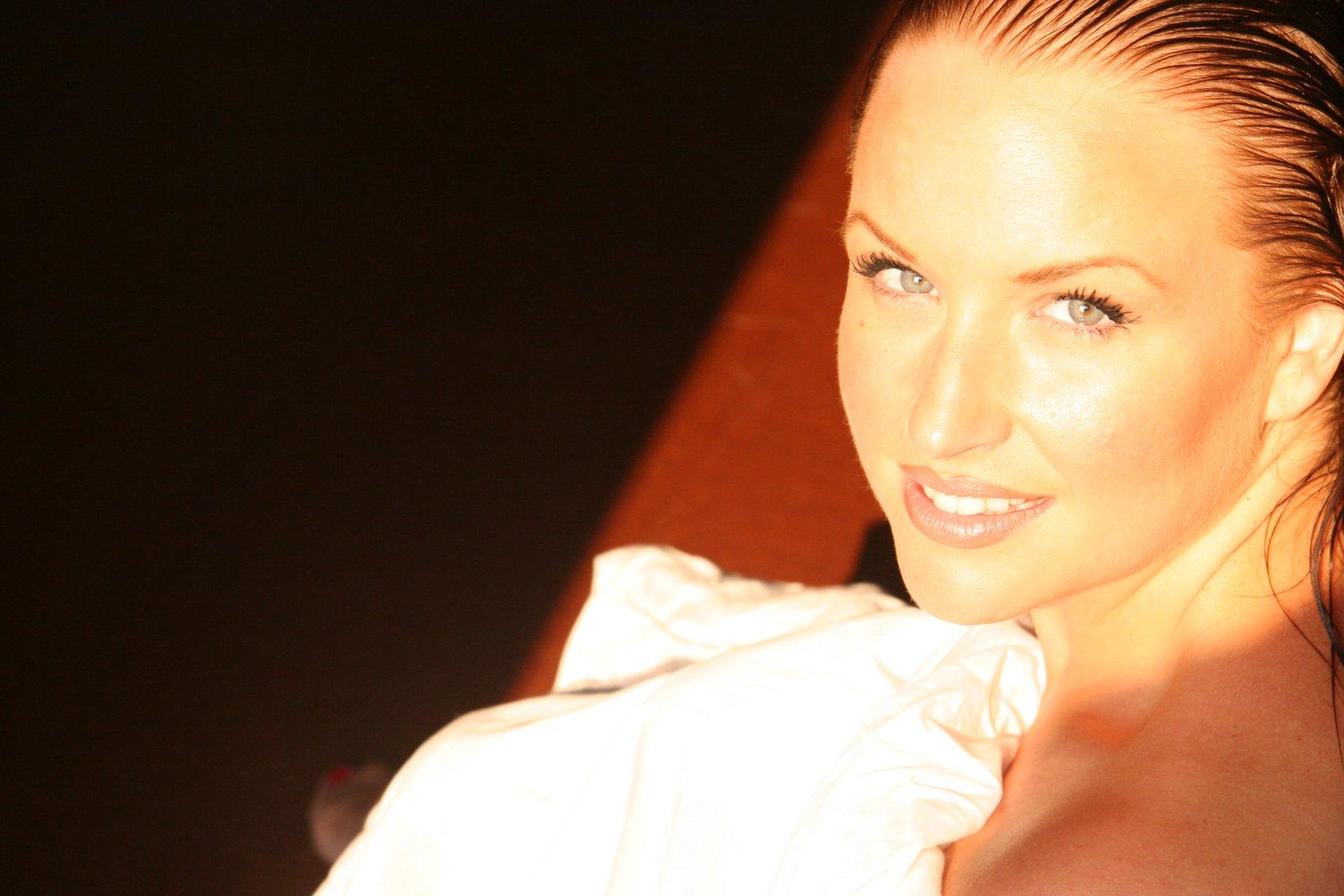 Annette Sellas Nude Photos 27
