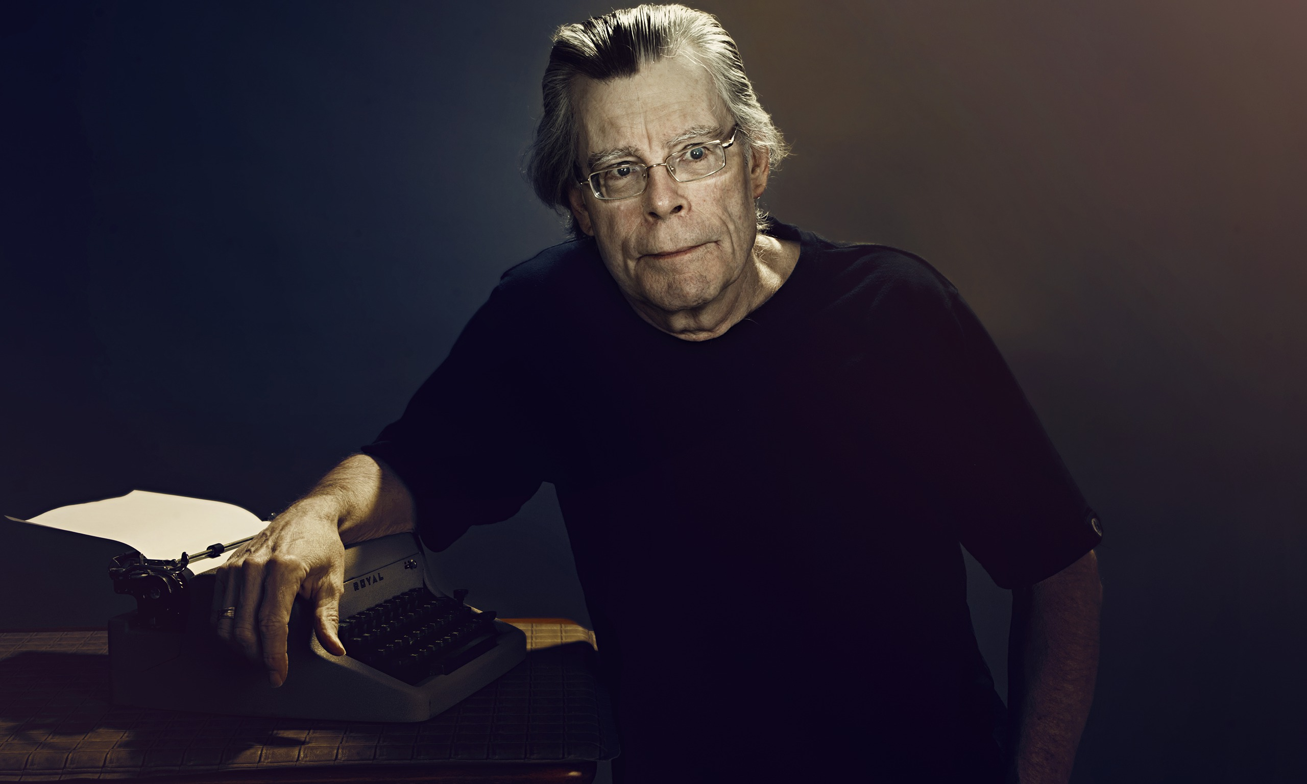 stephan king Description: stephen edwin king is an american author of contemporary horror, supernatural fiction, suspense, science fiction, and fantasy his books have sold more than 350 million copies, many of which have been adapted into feature films, miniseries, television shows, and comic books.